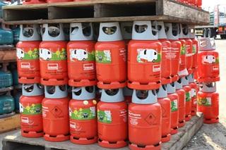 A collection of Calor 6kg propane gas bottles
